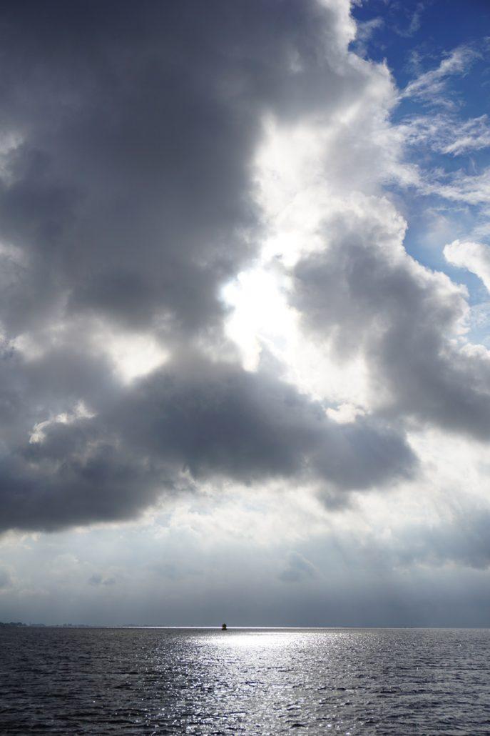 Op een zondagochtend op het Haringvliet, een opname vanaf de boot.